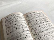 画像8: 1939年 FAVORITE SONGS AND HYMNS  賛美歌 アンティーク楽譜本 (8)