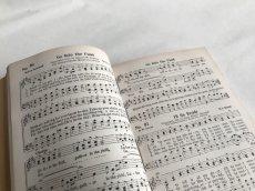 画像7: 1939年 FAVORITE SONGS AND HYMNS  賛美歌 アンティーク楽譜本 (7)