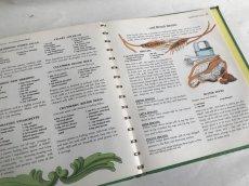 画像9: 1965年 Betty Crocker's DINNER IN A DISH COOKBOOK (9)