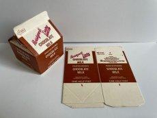 画像1: Rossignol's Dairy FARMS CHOCOLATE MILK PACKAGE (1)