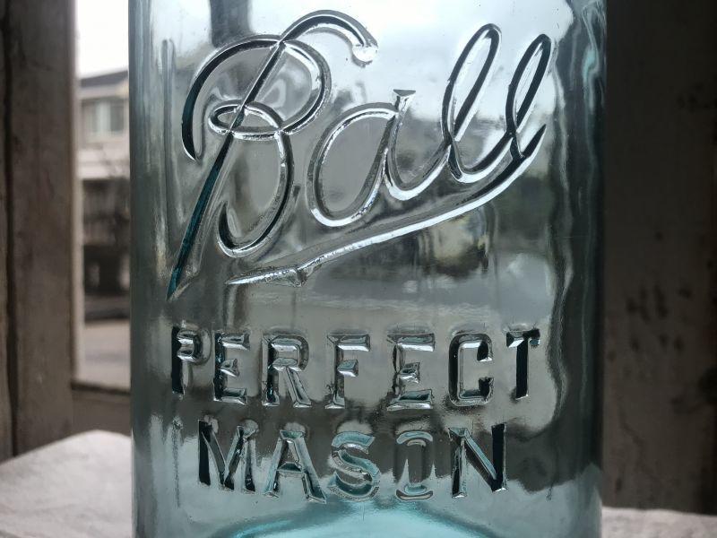 画像1: BALL PERFECT MASON  GRIP LINE (L) HALF GALLON (1)